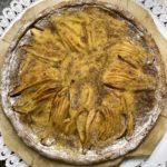 Torta fatta in casa pere e cannella intera (8persone)
